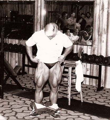 Tom Platz and hist HUGE legs - Elo-Overload: Mass Machine Gasoline