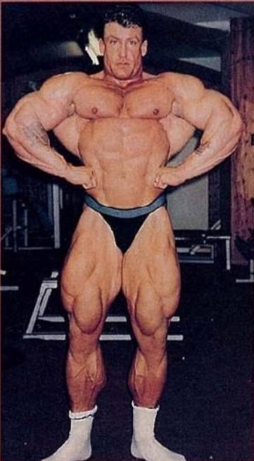Dorian Yates, looking huge - lat spread